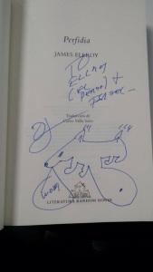 El libro Perfidia, de James Ellroy, dedicado a mi perro Ellroy